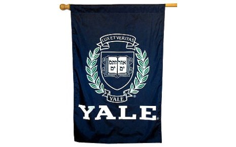 yale_house_flag_25787big.jpg